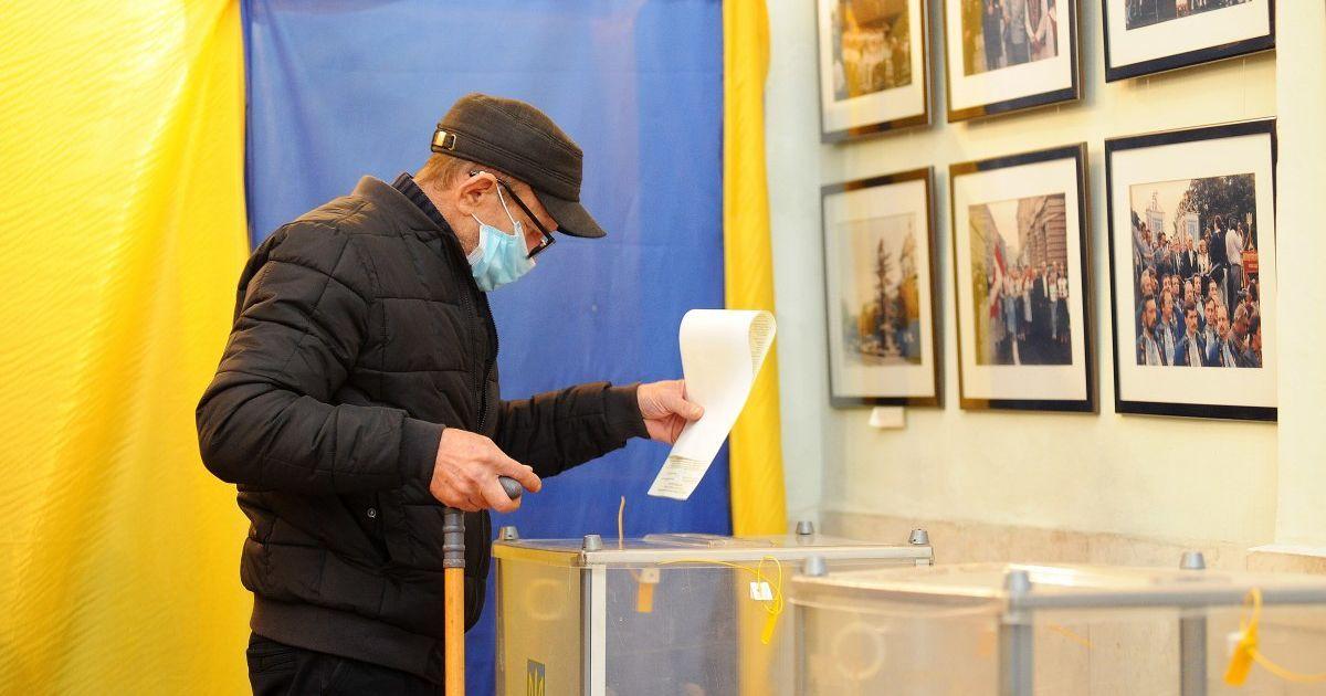 """Другий тур місцевих виборів: в """"ОПОРІ"""" назвали явку станом на 16:00"""