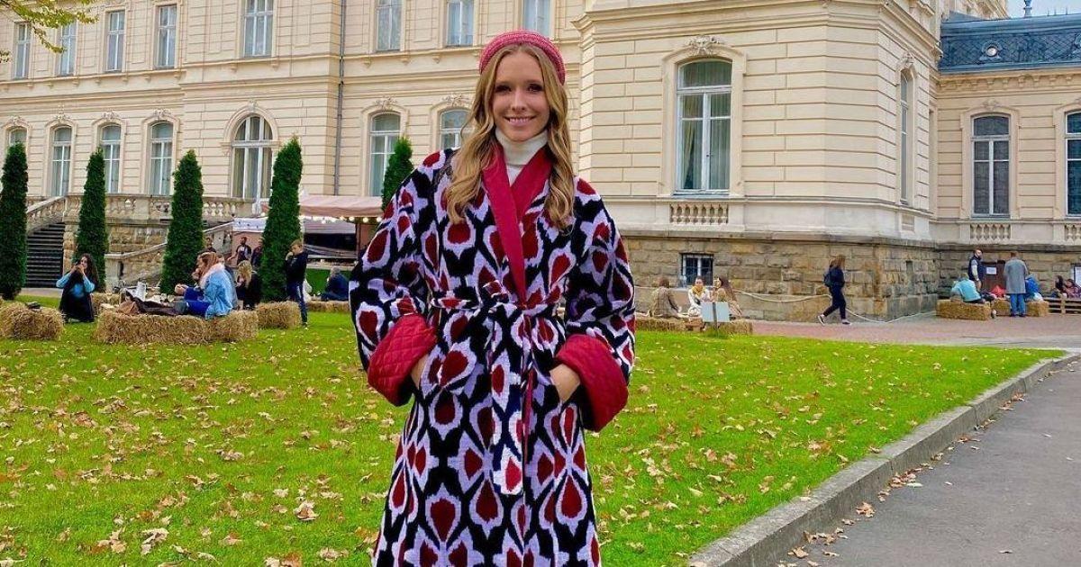 У красивому пальті і грубих черевиках: Катя Осадча побувала у Львові