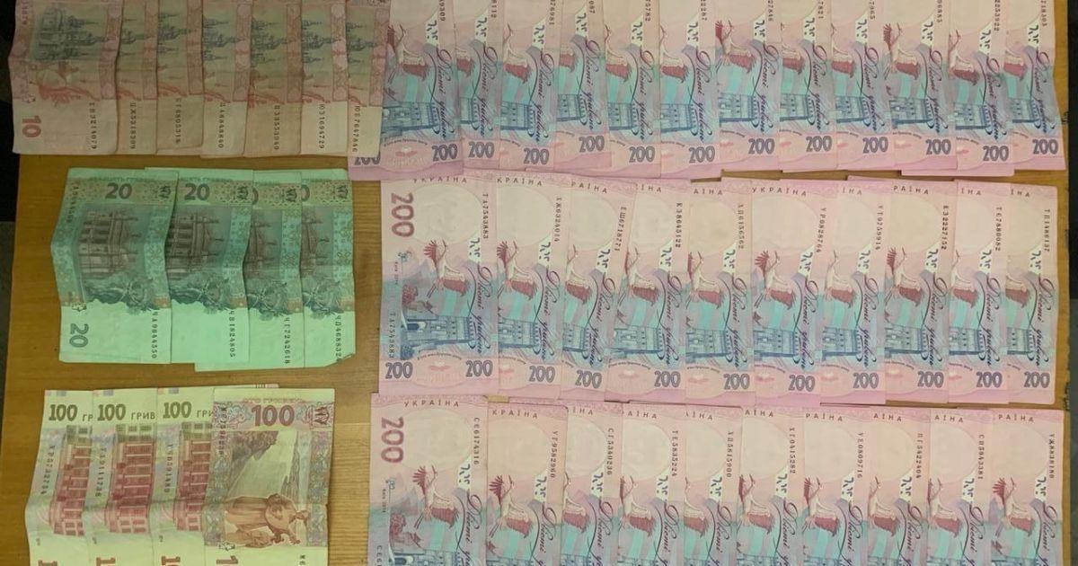 Під Києвом поліція затримала підозрюваного у підкупі виборців