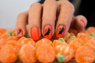 Маникюр на Хэллоуин: топ-5 модных и креативных идей для вдохновения