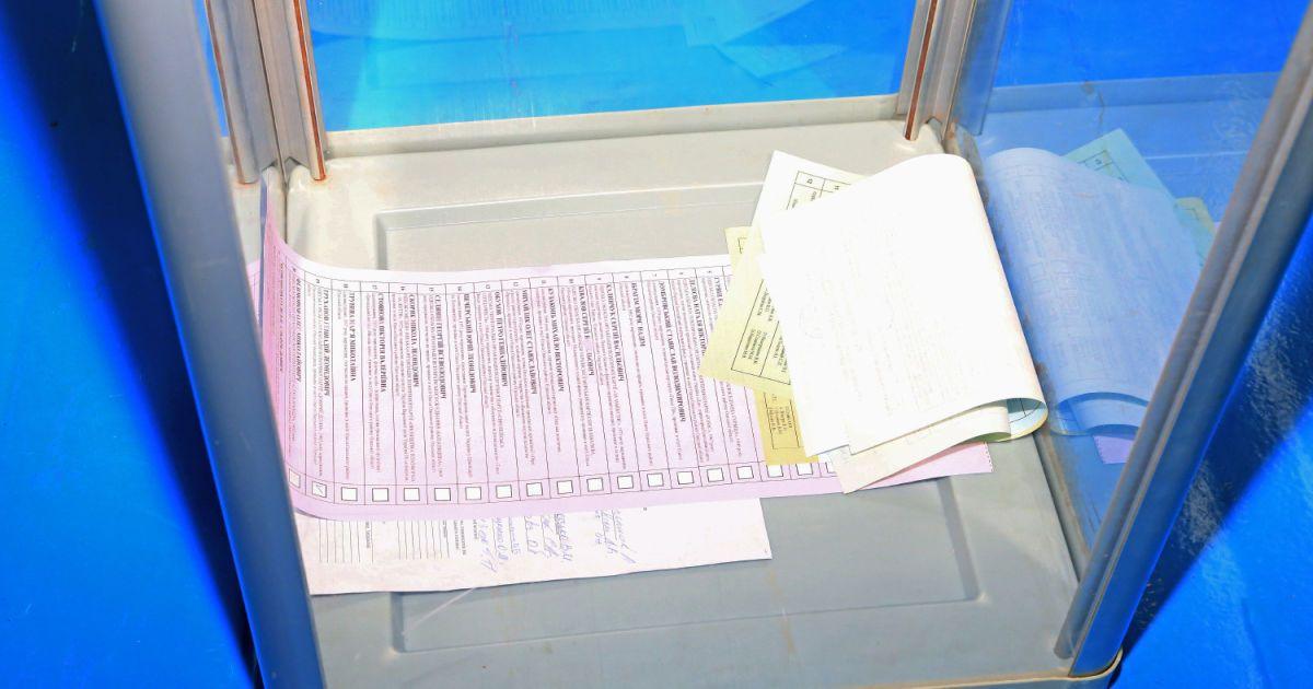 В Одессе члены УИК подделали избирательную документацию