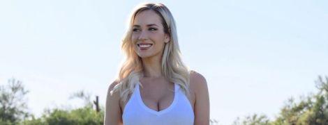 """""""Можна дивитися вічно"""": сексуальна американська гольфістка ошелешила фанатів пишними формами"""