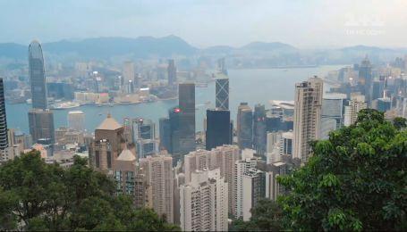 """Змеиная охота в окрестностях Гонконга — смотрите в программе """"Мир Наизнанку"""""""