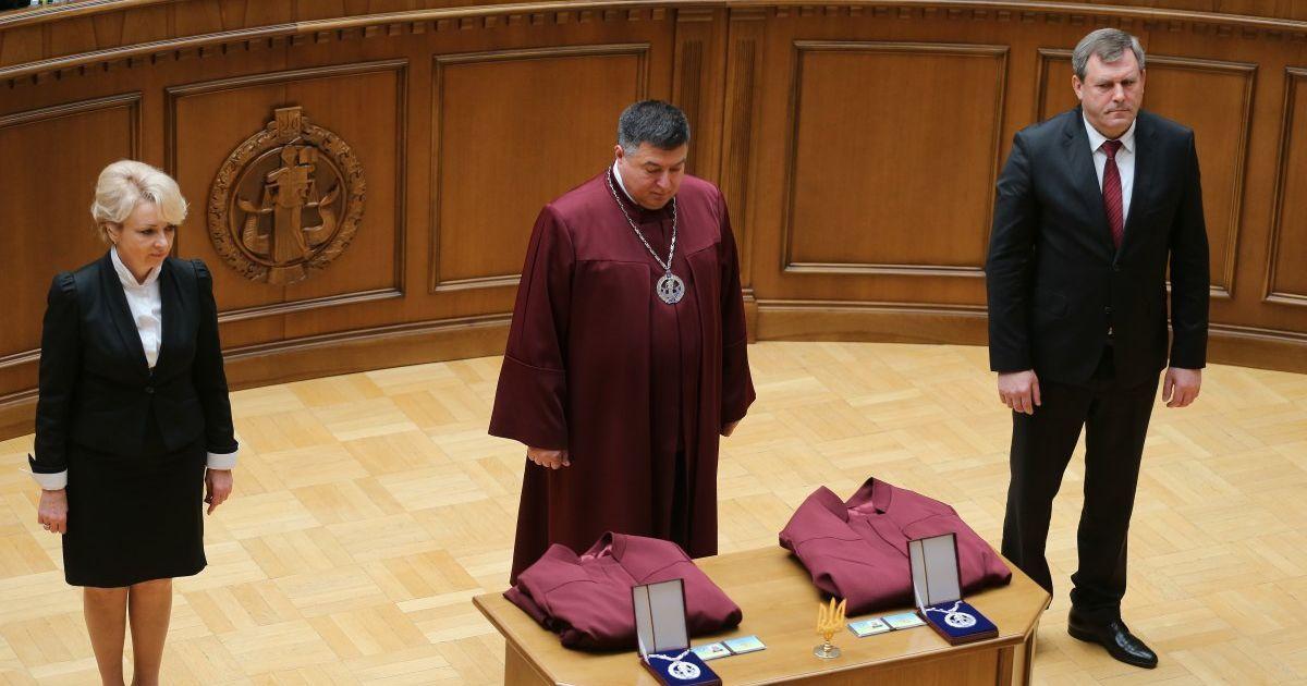 Спектакль и дискредитация государственных институтов: в ОП прокомментировали попытки Тупицкого попасть на работу