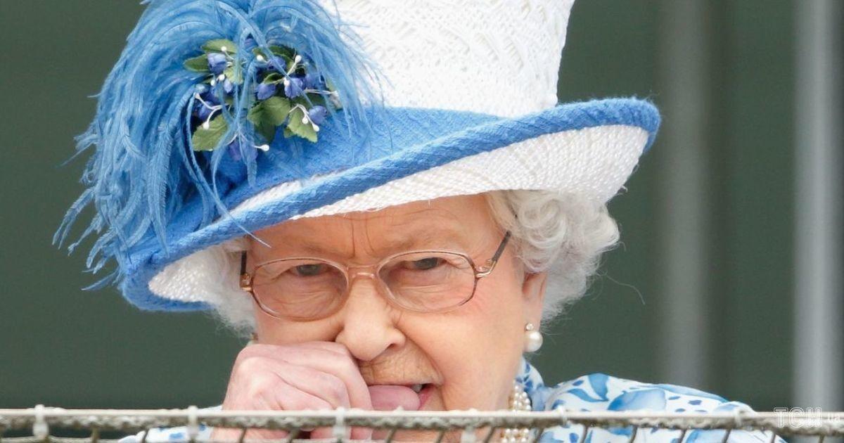 Она не идеальна: вредные привычки королевы Елизаветы II