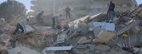 Туреччину сколихнули кілька потужних землетрусів: є великі руйнування