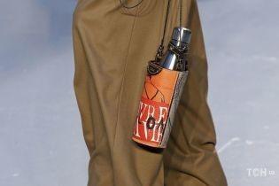 Гармошка, термос і малютка: топ-5 незвичайних сумок