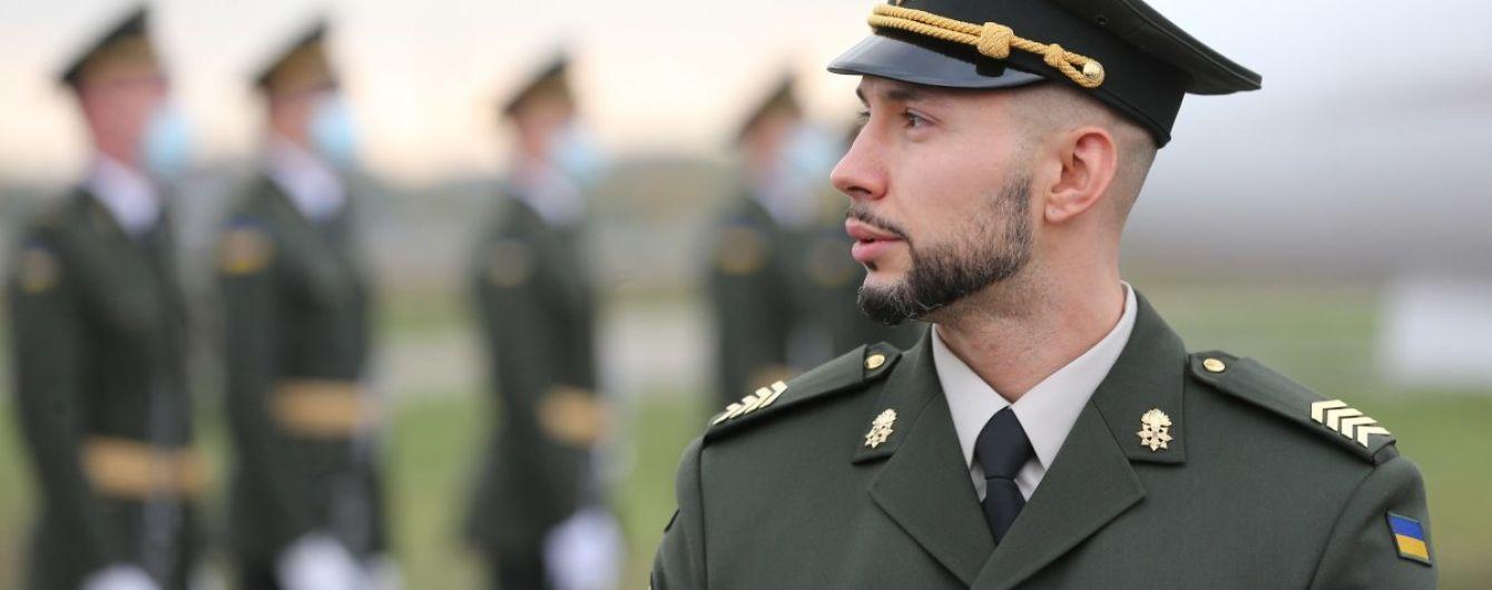 Ощущение в военной форме и сколько продлится отпуск: эксклюзивное интервью с Маркивым