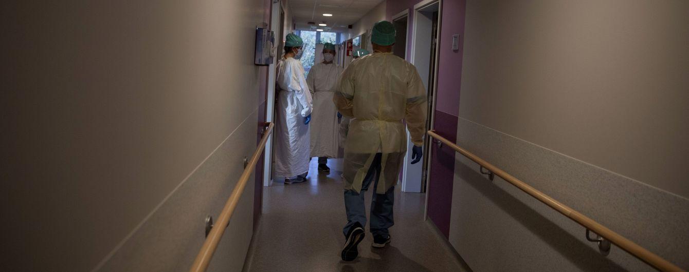 У госпіталі під Львовом, де евакуювали пацієнтів із COVID-19, кажуть, що вибуху не було