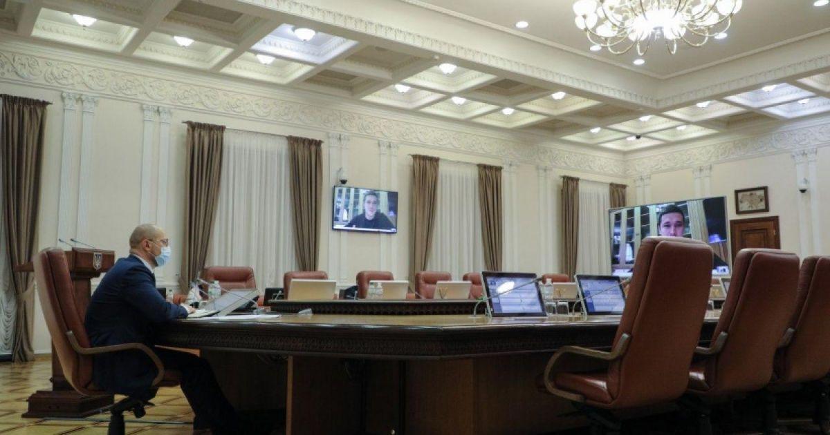 Кабмин согласовал увольнение глав трех ОГА