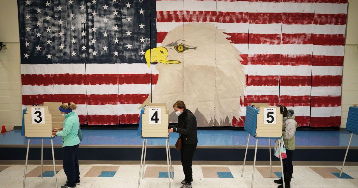 Немає масштабних випадків шахрайства: у США поки не мають наміру змінювати результати виборів