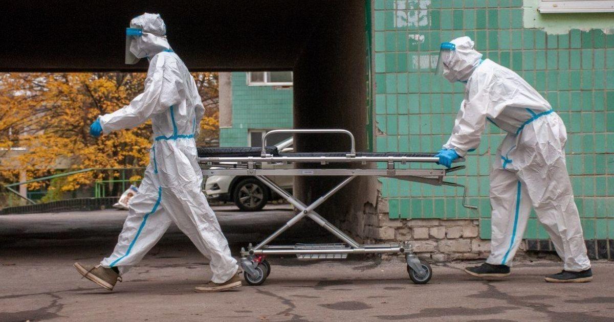 Голые тела складывают на полу морга: в Запорожье люди потрясены отношением к умершим от коронавируса