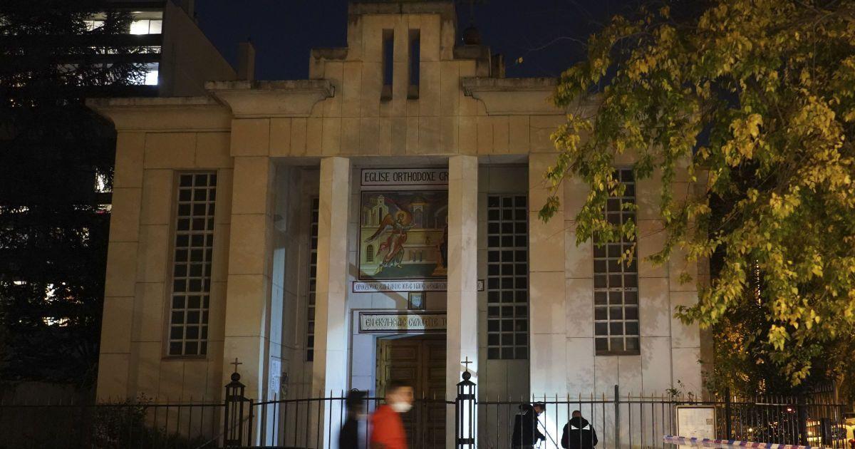 Стрілянина у Ліоні: священника поранили через помсту за стосунки з росіянкою