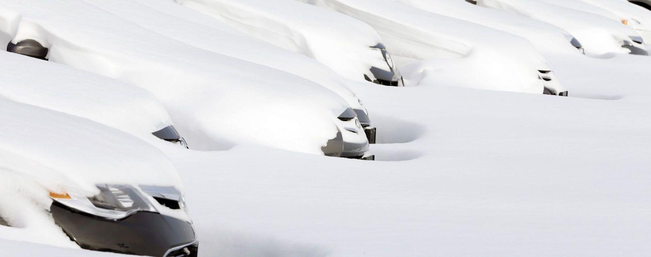 Водителям назвали самые полезные средства по уходу автомобиля зимой