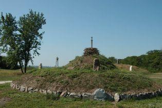 В одному кургані Лиманського району виявлено 15 поховань різних народів та часів