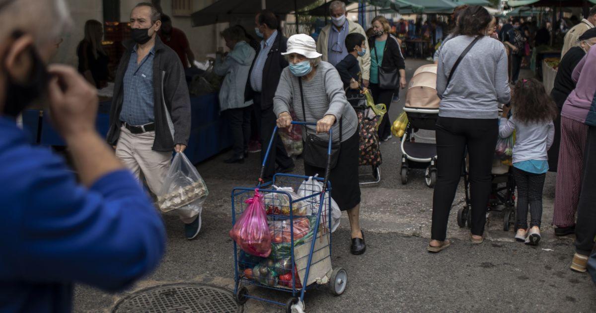 Исследователи ошеломили прогнозом: до конца года от коронавируса может умереть более 30 тыс. украинцев