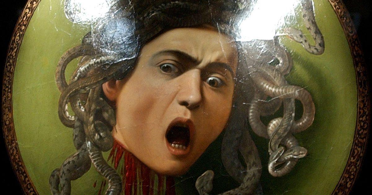 """У Туреччині мисливці за скарбами знайшли """"саркофаг з Медузою Горгоною"""""""