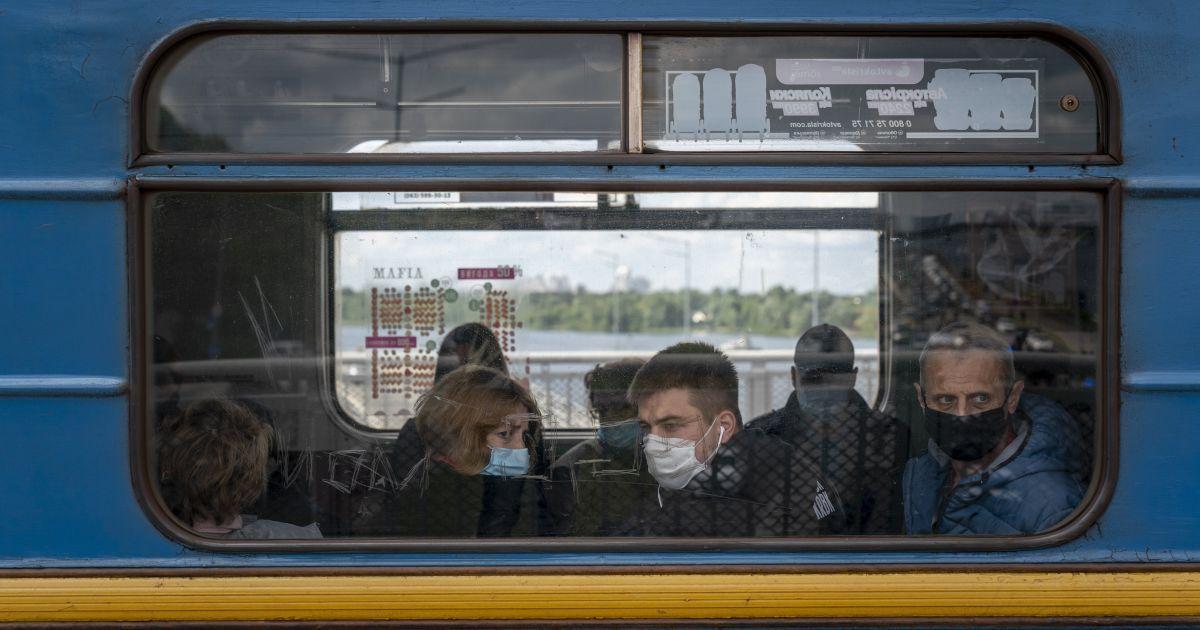 """""""Статистику можно умножать на 5"""": врач спрогнозировал пик эпидемии коронавируса в Украине"""