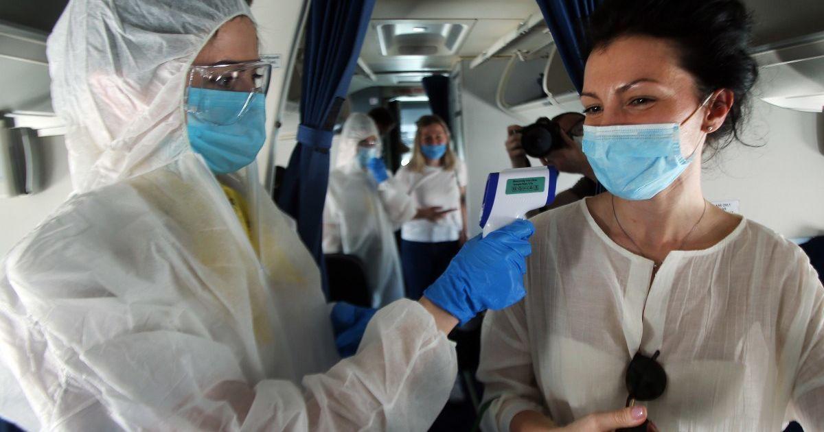 Какие анализы нужно сдавать для диагностики коронавируса: объяснение врача