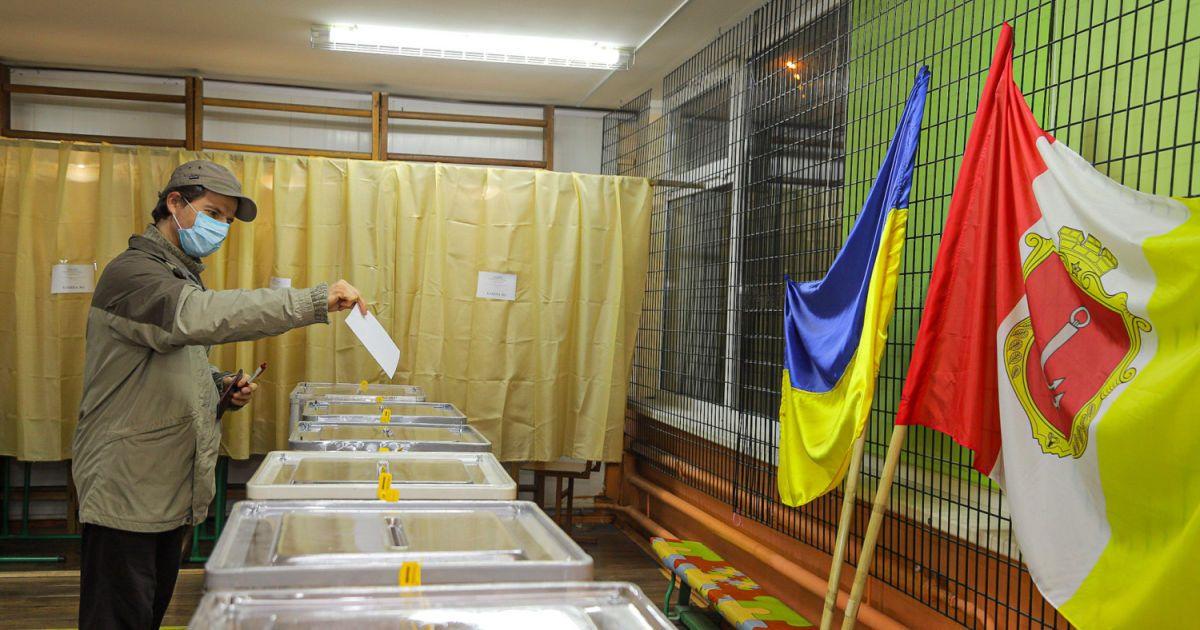 Другий тур виборів в Одесі: які порушення зафіксували