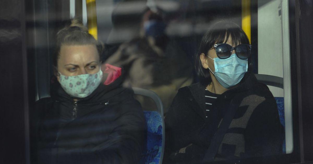 Злостных противников масок немного: как в Ровно восприняли введение штрафов за отсутствие СИЗ