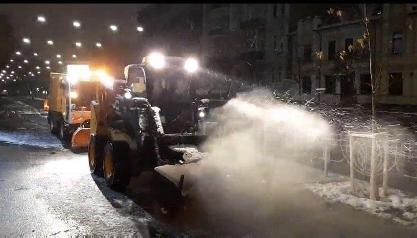 Снігоприбиральна техніка у Києві