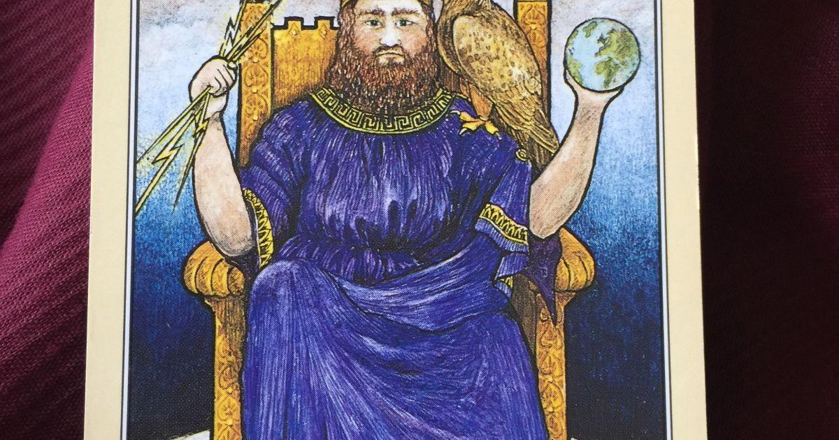 Гороскоп на 19 ноября для всех знаков зодиака по картам Таро