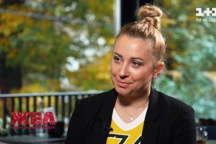 """""""На мене показували пальцями"""": Тоня Матвієнко розповіла, як її цькували за раннє материнство"""