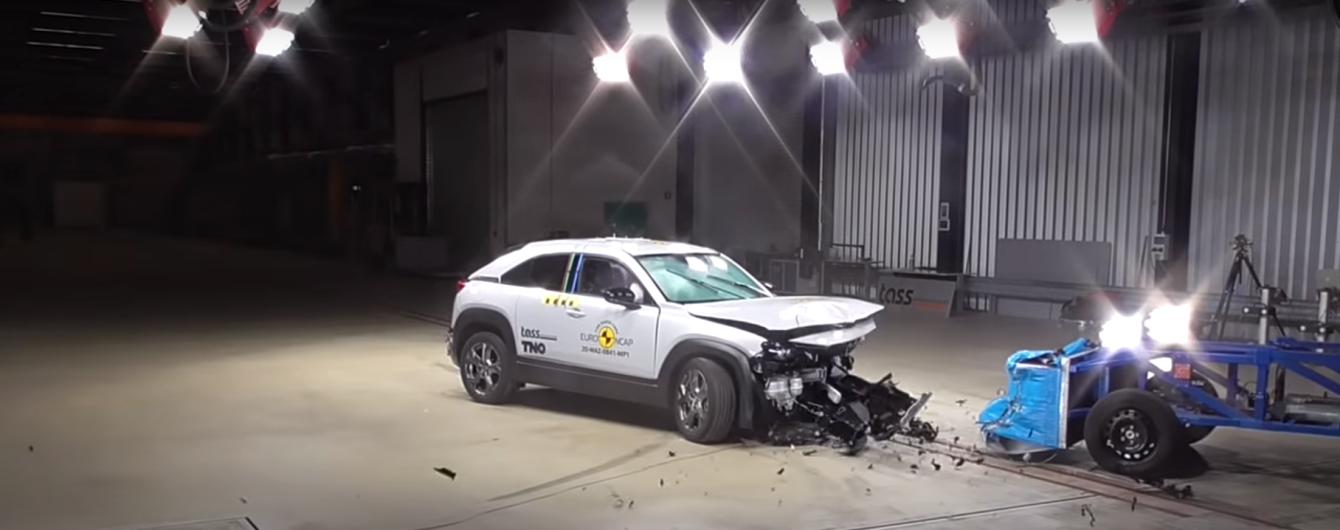 Можно брать: электрокросовер Mazda MX-30 получил высшую оценку в краш-тестах