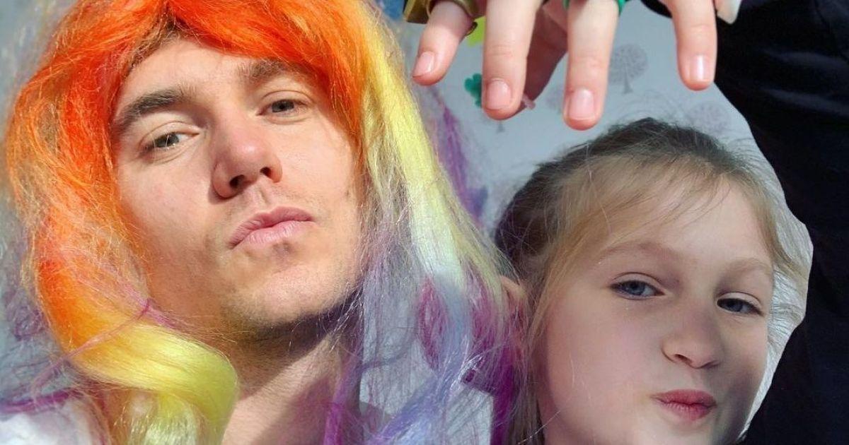 Владимир Остапчук, сдерживая слезы, вспомнил тяжелый разговор о разводе с 7-летней дочерью