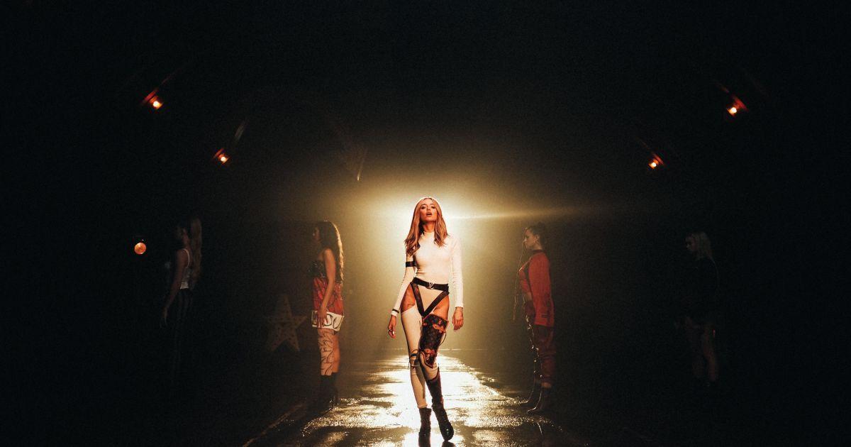 Надя Дорофєєва випустила свій перший сольний кліп