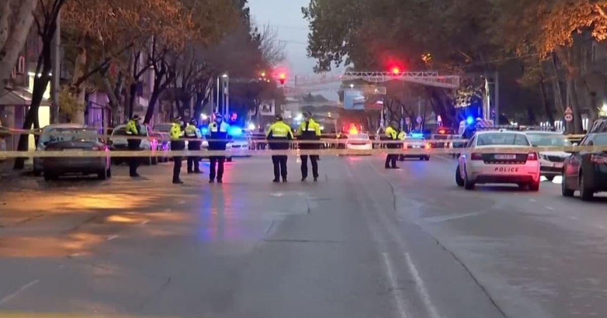 Всі заручники звільнені із будівлі МФО у Грузії, нападника вдалося затримати