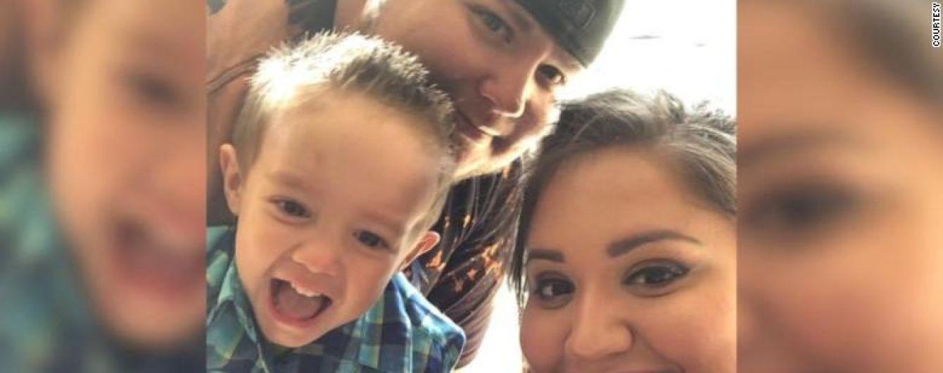 """""""Хочу быть ангелом на небе"""": в США 4-летний мальчик потерял обоих родителей из-за коронавируса"""