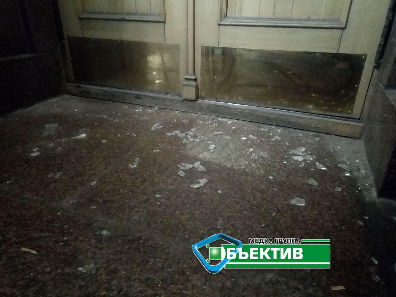 побиті шибки в Харківській ОДА_2