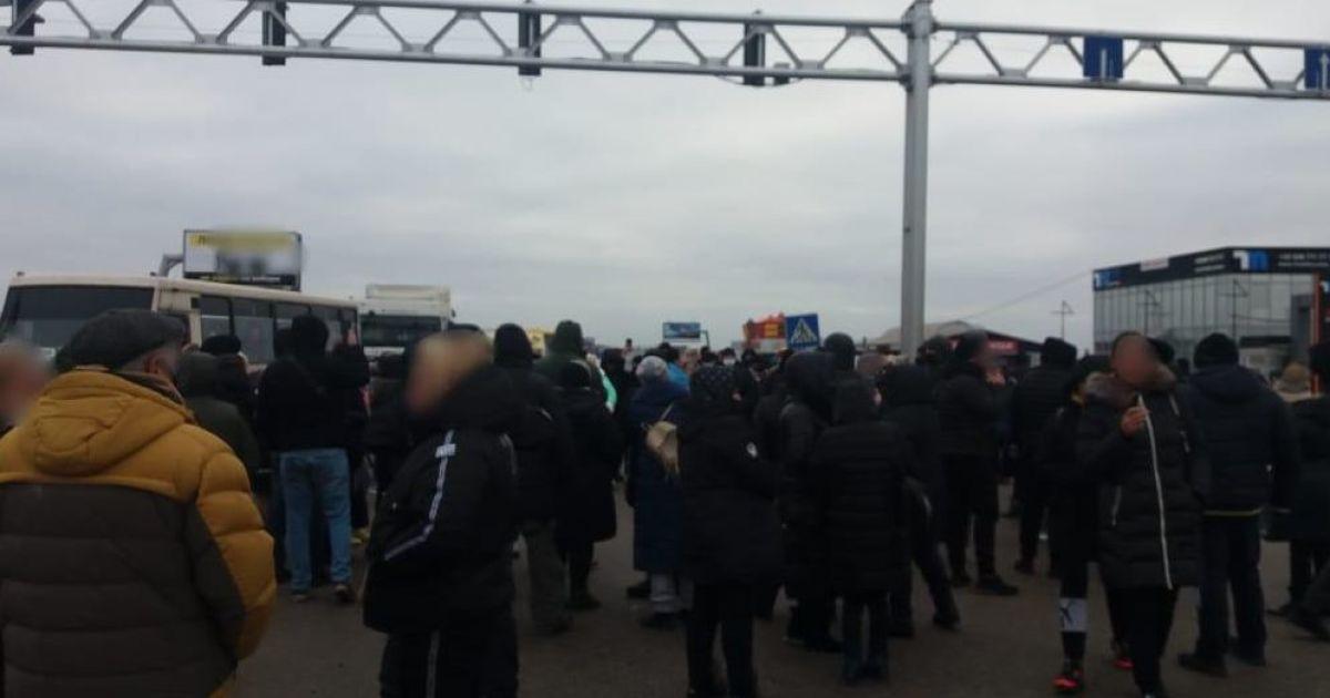 В Одессе силой разогнали акцию против карантина выходного дня: появилось видео