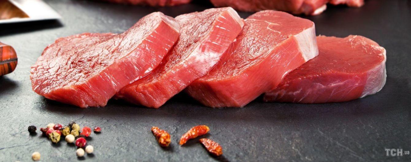 М'ясо в винно-лимонному соусі: покроковий рецепт