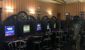 У Києві в ресторані працювало підпільне казино, яке приймало клієнтів за дзвінком