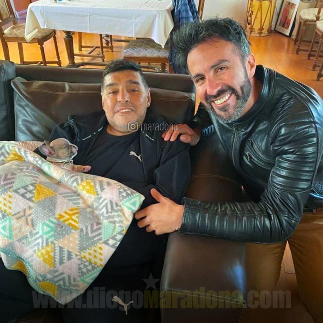 Марадона зі своїм лікарем