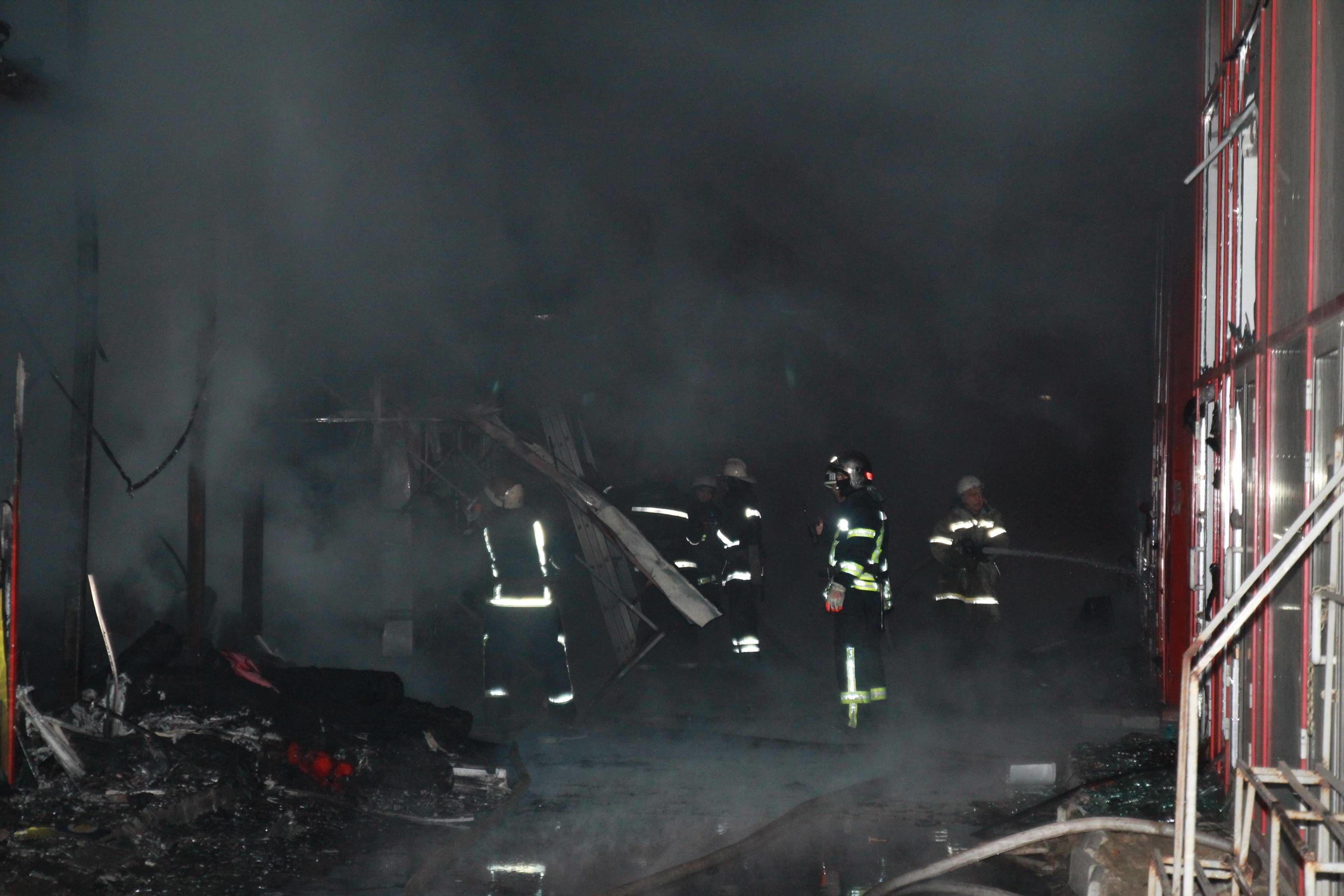 пожежа на ринку Барабашово в Харкові_3