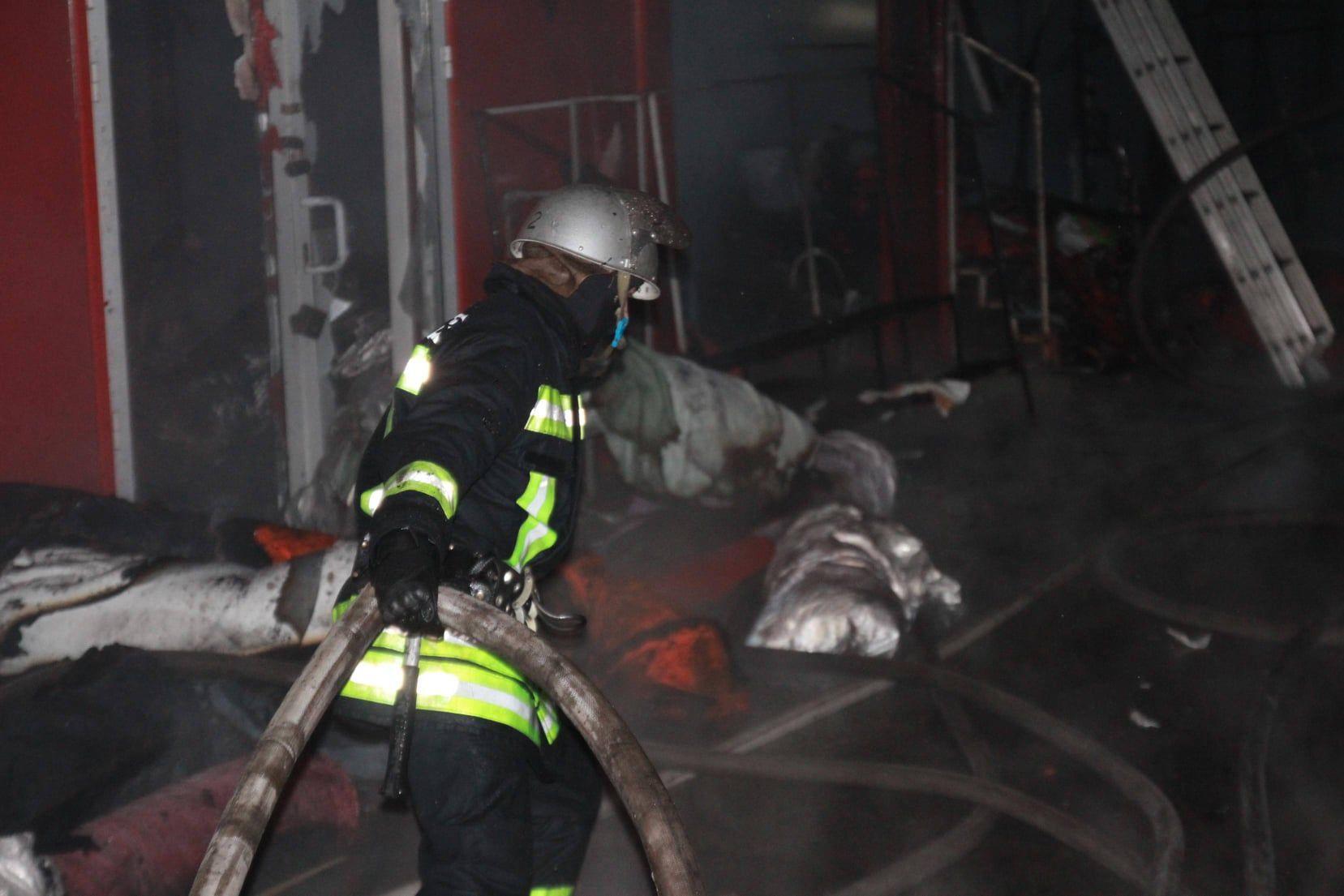 пожежа на ринку Барабашово в Харкові