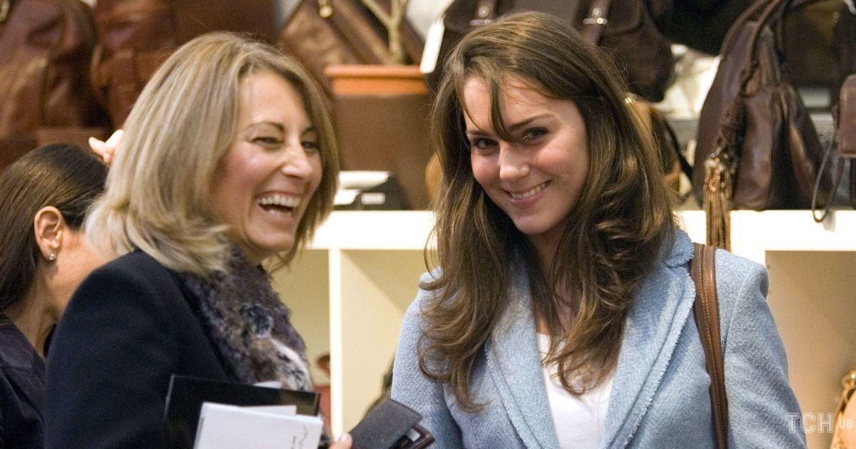 Мама герцогини Кембриджской - Кэрол - рассказала о планах на Рождество
