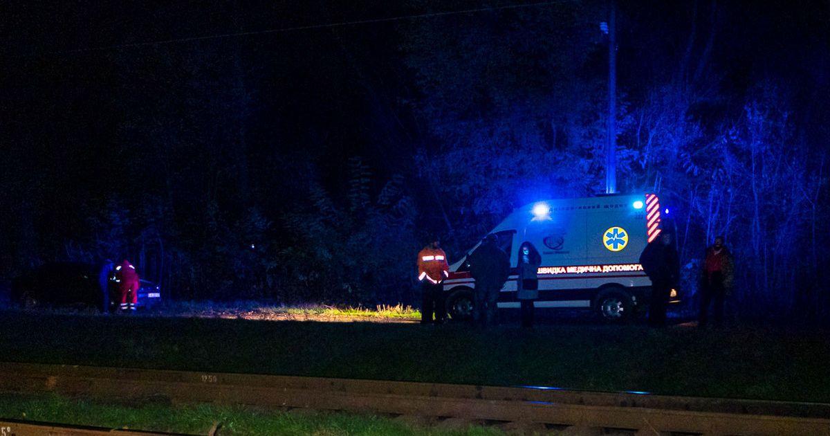 В Днепре пассажирский поезд насмерть сбил мужчину