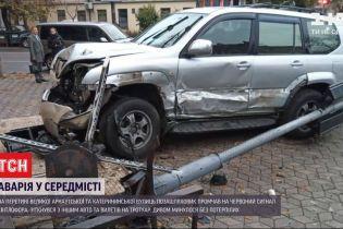 Во время утреннего ДТП в Одессе обошлось без пострадавших