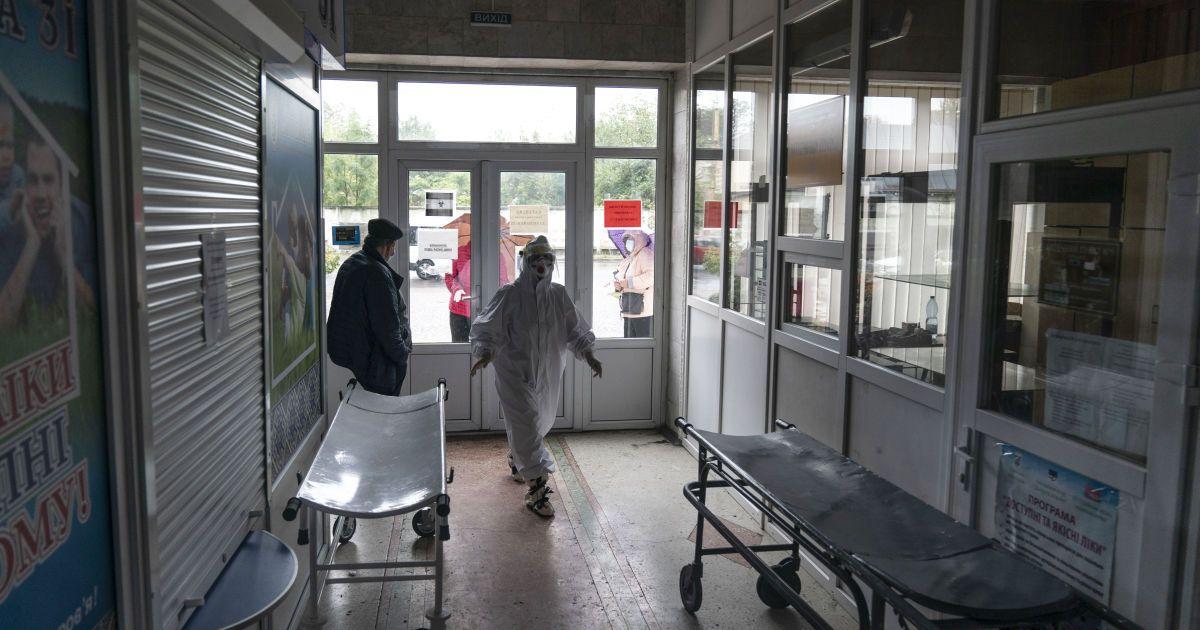 """Київ охопив """"британський"""" штам коронавірусу: Рубан заявив про брак кисню для хворих на COVID-19"""