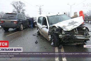 Масштабная автотроща в Броварах: столкнулись сразу девять машин