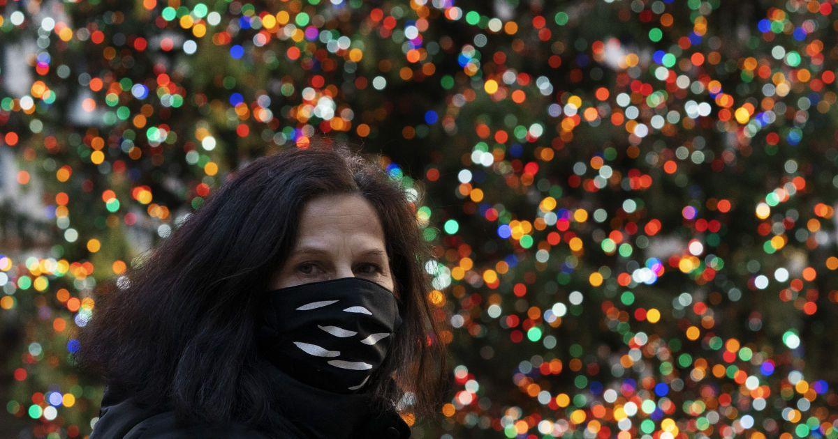 """Куда можно ехать: Украина обновила список стран """"красной"""" и """"зеленой"""" зон"""
