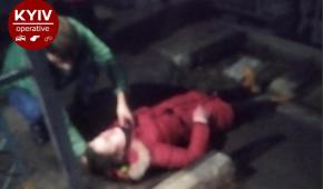 Під Києвом жінка кинулась під поїзд
