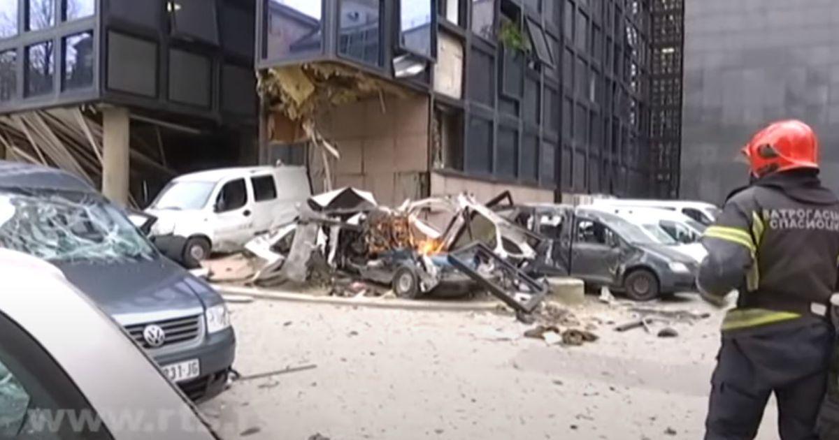 Біля сербського телецентру прогримів потужний вибух: будівля значно пошкоджена