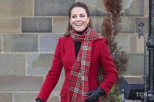 Ей сегодня 39: как королева Елизавета II и Кларенс-хаус поздравили герцогиню Кембриджскую