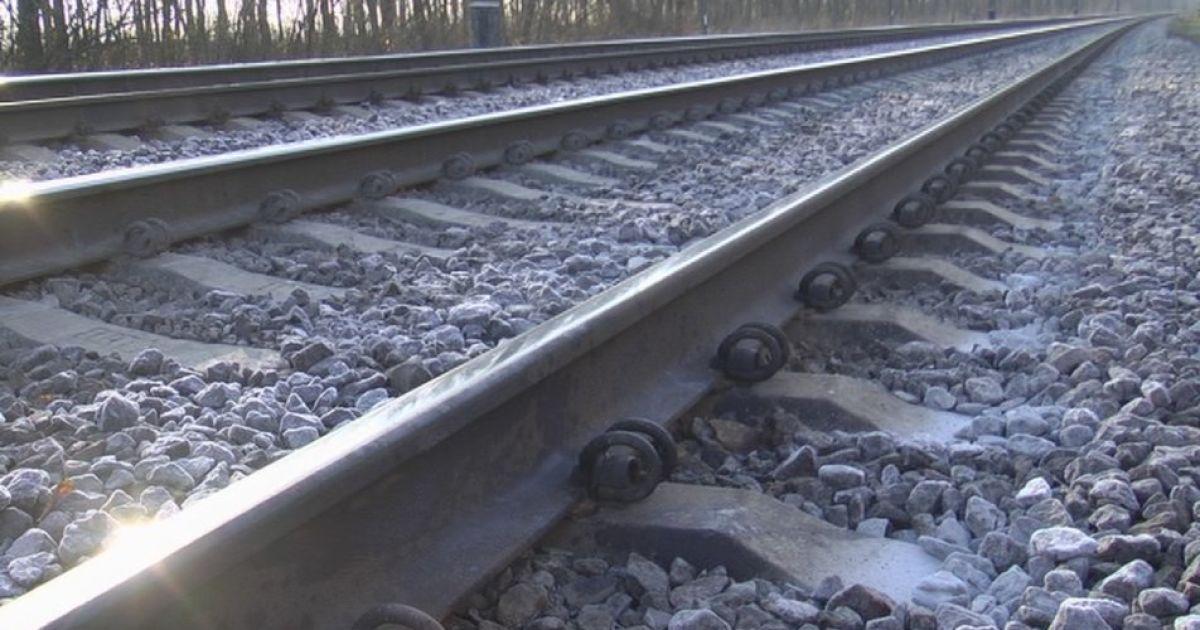 30-летнего мужчину нашли мертвым на железнодорожных путях под Львовом